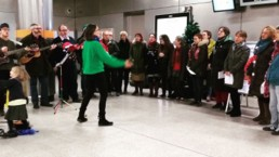 Women for Refugee Women Fundraise Morris Folk Choir